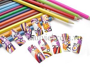 Bộ móng sắc màu được thực hiện bởi các chuyên gia dạy vẽ móng nghệ thuật của Winnie Academy