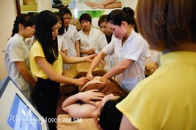 Học chăm sóc da Spa tại Winnie Academy