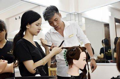 Xu hướng tóc nữ đã thay đổi như thế nào theo từng thời gian?