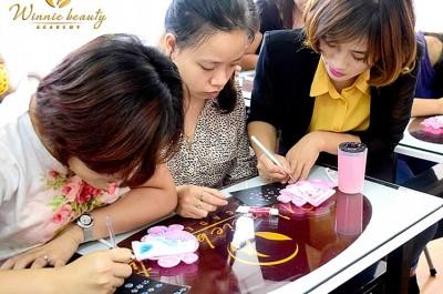 Học những gì qua bộ môn vẽ trong chuyên ngành Nail Art?