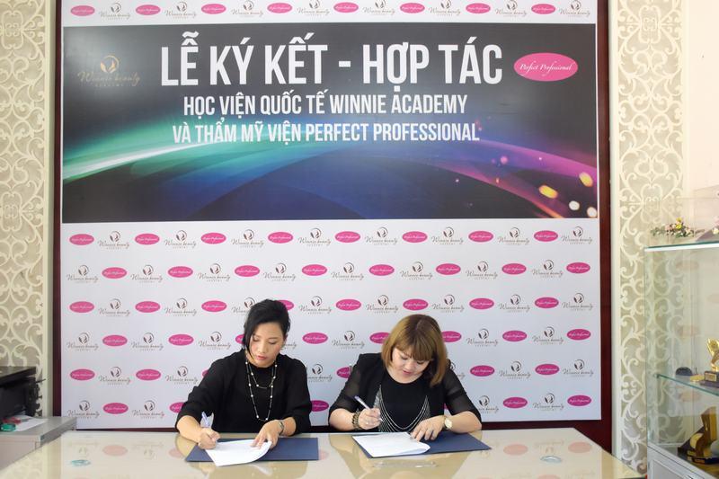 Lễ ký kết hợp tác giữa và Trung tâm Winnie Academy