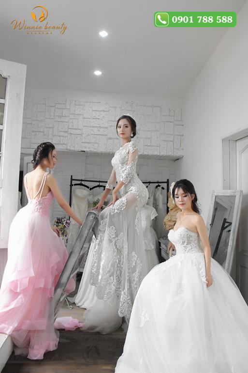 Trang điểm cô dâu là thế mạnh của hầu hết các học viên