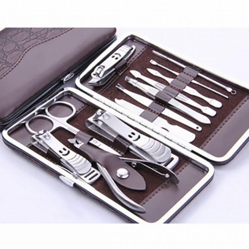 Dụng cụ chăm sóc móng  sẽ giúp bạn có bộ móng tay đẹp  hoàn hảo