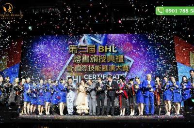 Quy mô hoành tráng của buổi lễ trao chứng nhận Quốc tế BHL