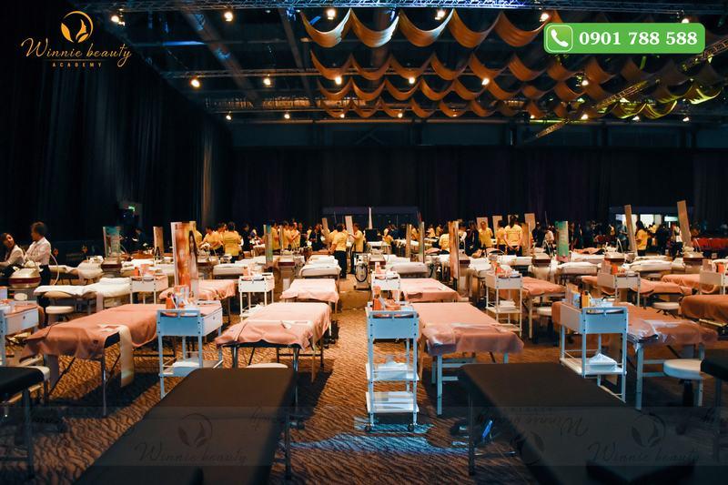 Sự chuẩn bị chuyên nghiệp từ ban tổ chức để giúp các thí sinh tự tin hoàn thành phần trình diễn