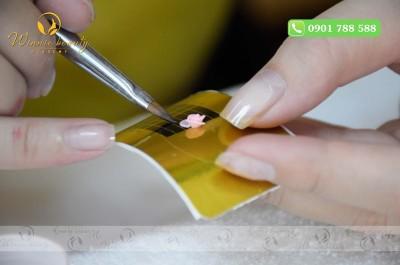 Khi tán sẽ dễ dàng hơn nếu lấy lượng lưu huỳnh và bột vẽ vừa đủ