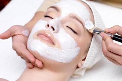 Muốn có làn da đẹp thì nên chăm sóc từ sớm
