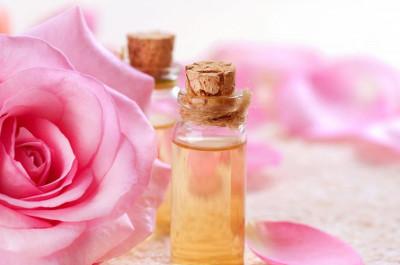 Nước hoa hồng rất tốt cho da