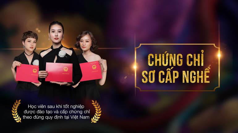 Winnie được đào tạo và cấp chứng chỉ sơ cấp nghề hoàn toàn hợp pháp tại Việt Nam
