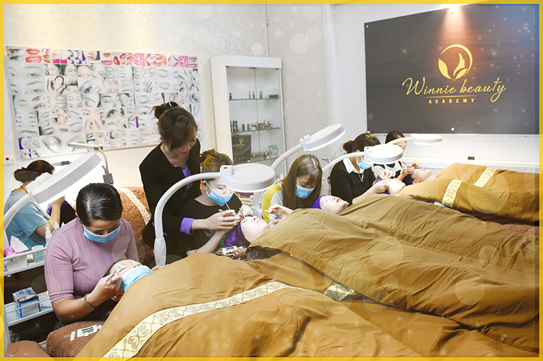 Nối mi quốc tế (International Eyelash Extentions)