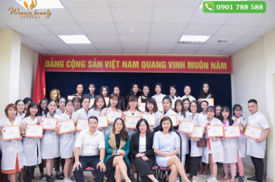 Giờ các em hoàn toàn có thể yên tâm đăng ký giấy phép kinh doanh, hành nghề 1 cách hợp pháp tai Việt Nam