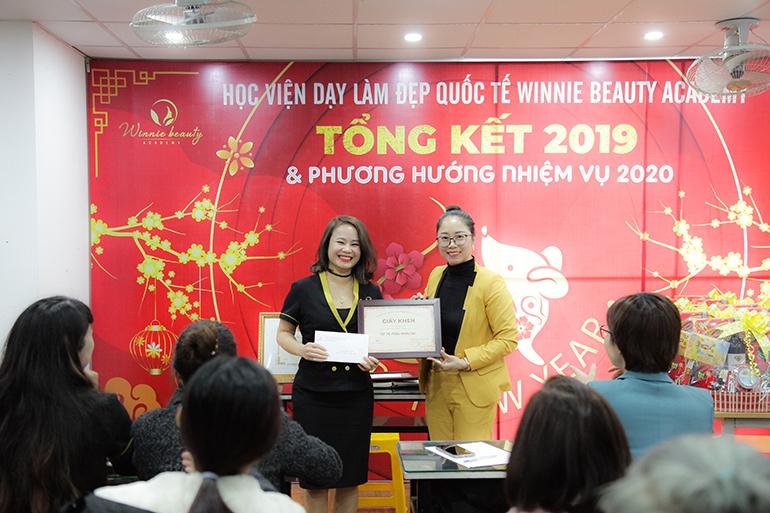 Giáo viên Spa đạt thành tích cao trong hoạt động giảng dạy tại Winnie Beauty