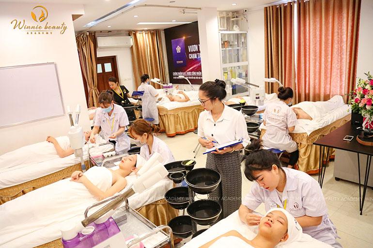 Phần thi thực hành chăm sóc và trị liệu da mặt