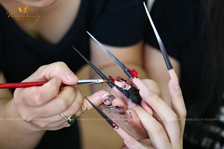 Đội ngũ giảng viên Nails - Make up chuyên nghiệp tại Winnie Beauty Academy